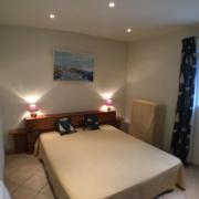 Chambre en configuration lit double